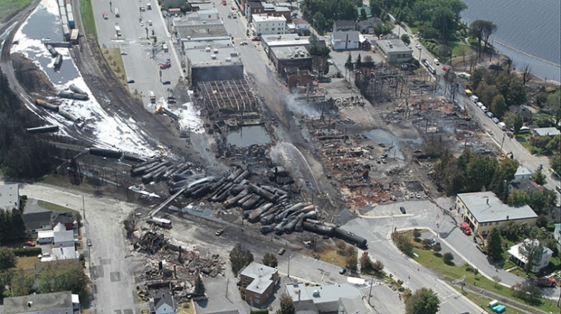 2013 Lac-Mégantic, Quebec  - A Solo-Crewed Runaway Train Killed 47